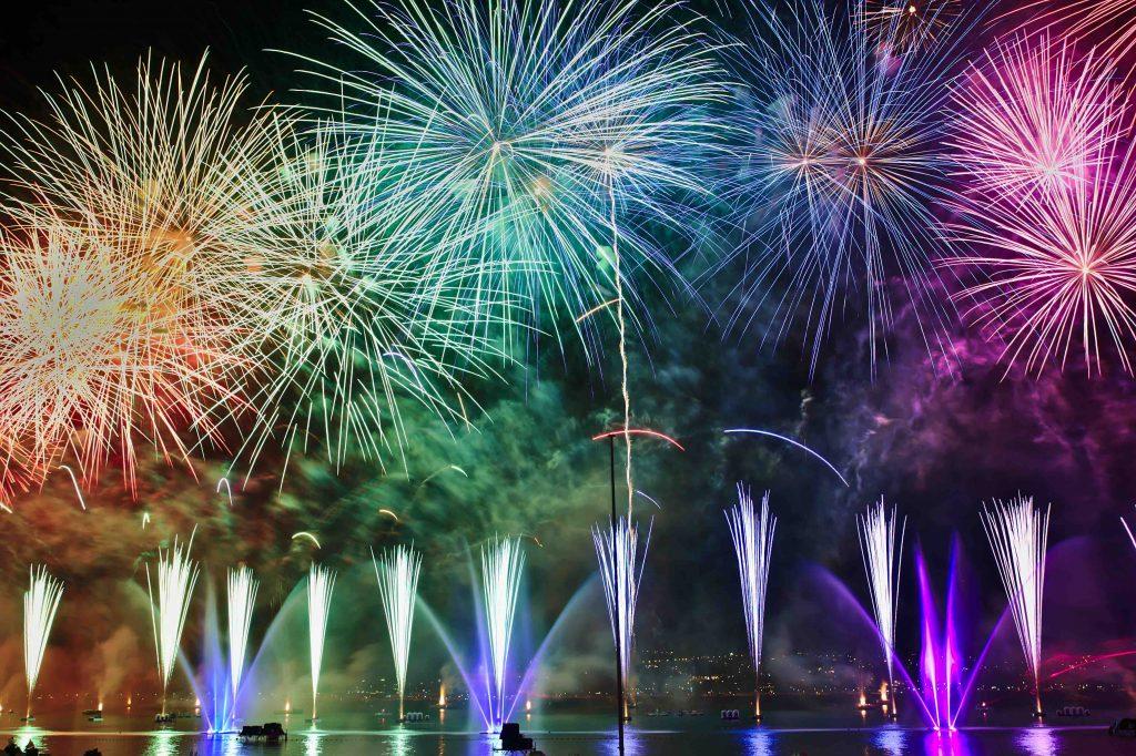 全国花火競技大会と創業年のワイン