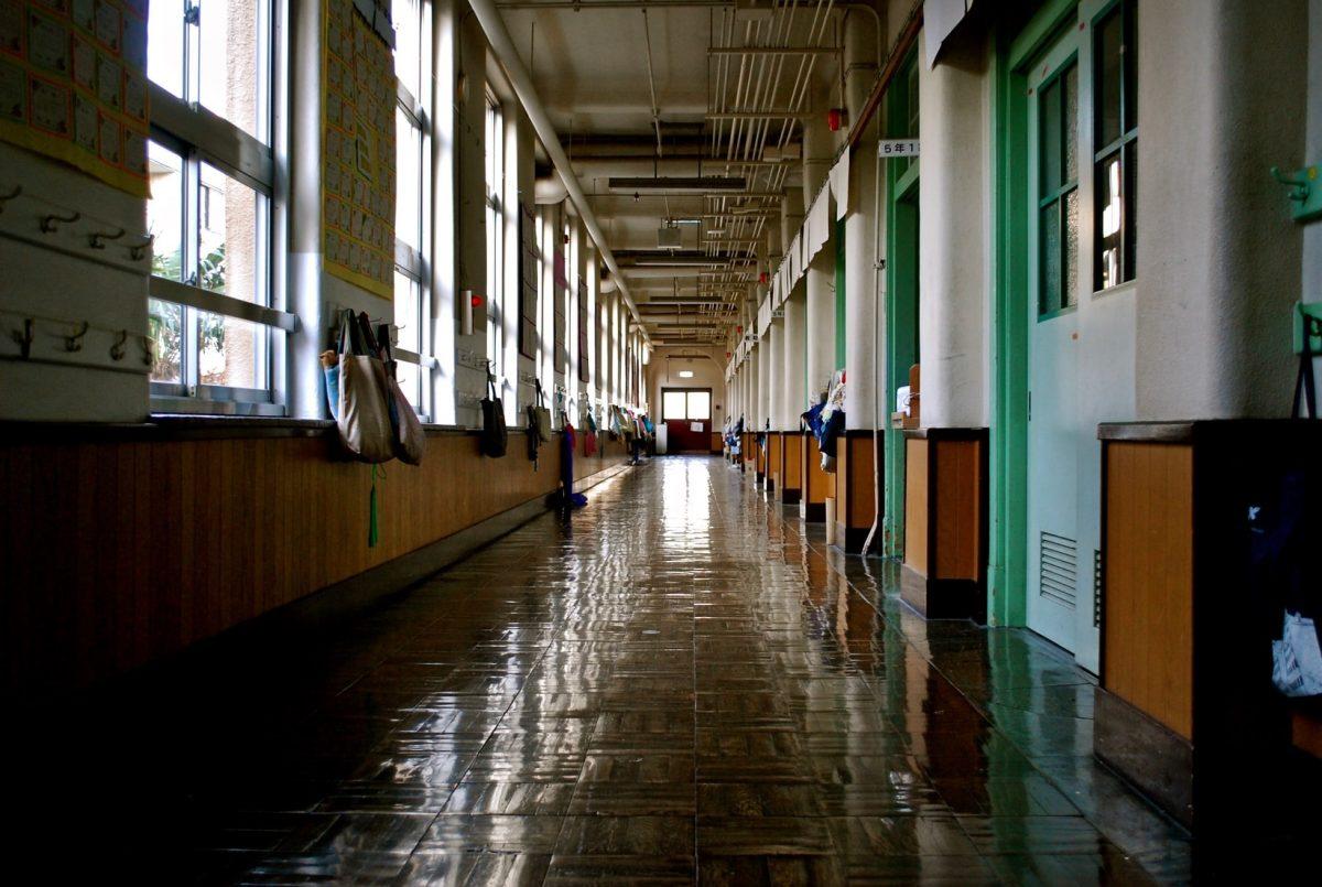学校写真集アプリリリースのお知らせ